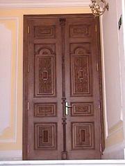 двери и лестничные марши из натурального дерева. - foto 2