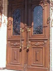 двери и лестничные марши из натурального дерева. - foto 5